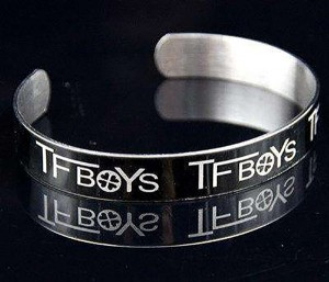 Bracelet Jewelry Engraved by Laser Engraving Machine